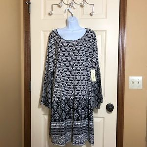 Tacera Dress with Bell Sleeves 2X NWT